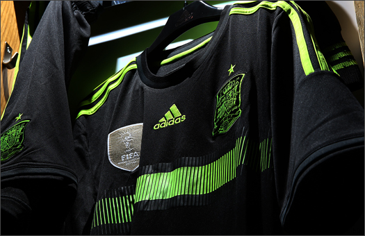 adidas_Spain_Away_WC_2014_001