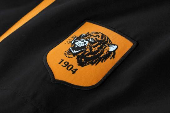 hull shirt 4