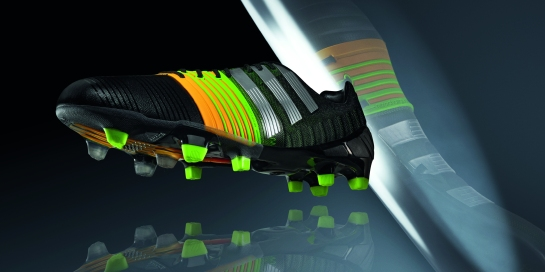 +H10322_FO_4_Silo_FW14_nitrocharge_colour-update_boot_2x1.indd