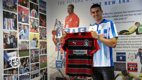 huddersfield town mural player signs