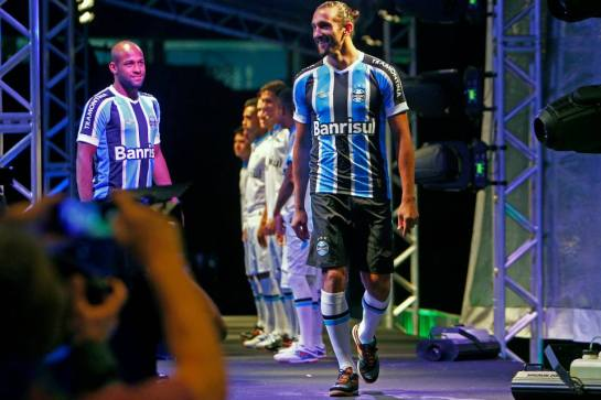 Grêmio FBPA umbro launch 3