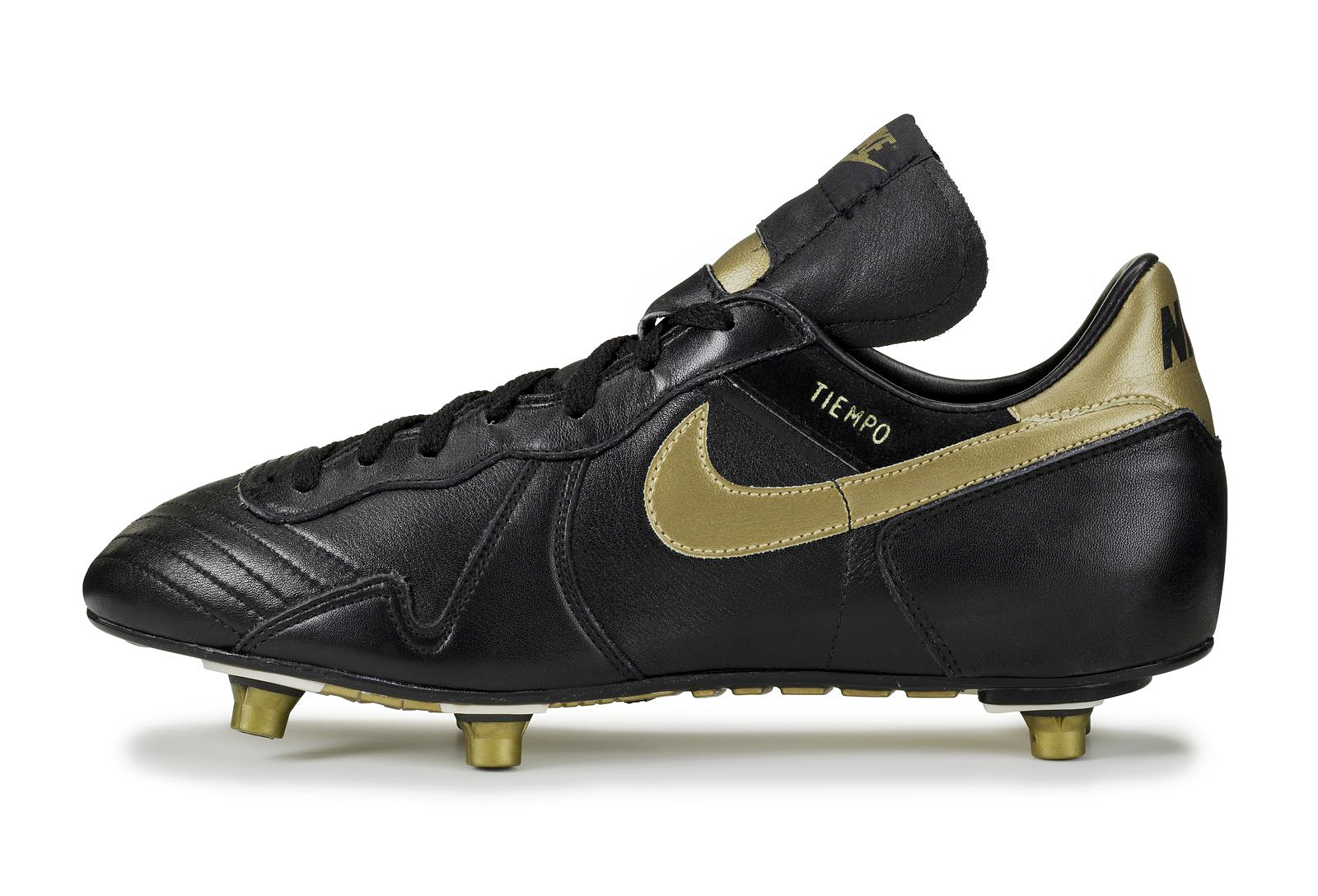 Classic Nike Soccer Shoes