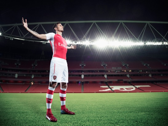 Olivier Giroud wears PUMA's new evoPOWER 1.2_Q2_04